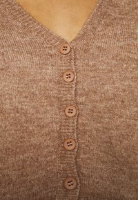 Cotton On - MATERNITY FRIENDLY CROP MATCH BACK CARDI - Cardigan - cocoa bean marle - 4