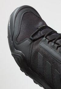 adidas Performance - TERREX AX3 GTX - Hikingsko - clear black/carbon - 5