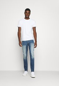 G-Star - REVEND SKINNY ORIGINALS - Jeans Skinny Fit - heavy elto pure superstretch-antic faded baum blue - 1
