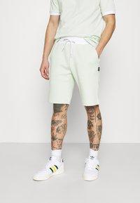 YOURTURN - SET UNISEX - Shorts - green - 3