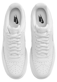 Nike Sportswear - COURT VISION LOW NEXT NATURE - Casual lace-ups - white - 1