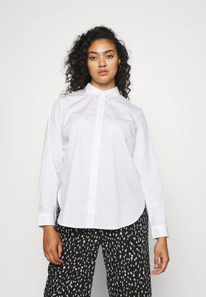CARKATRINE LOOSE SHIRT - Button-down blouse - bright white