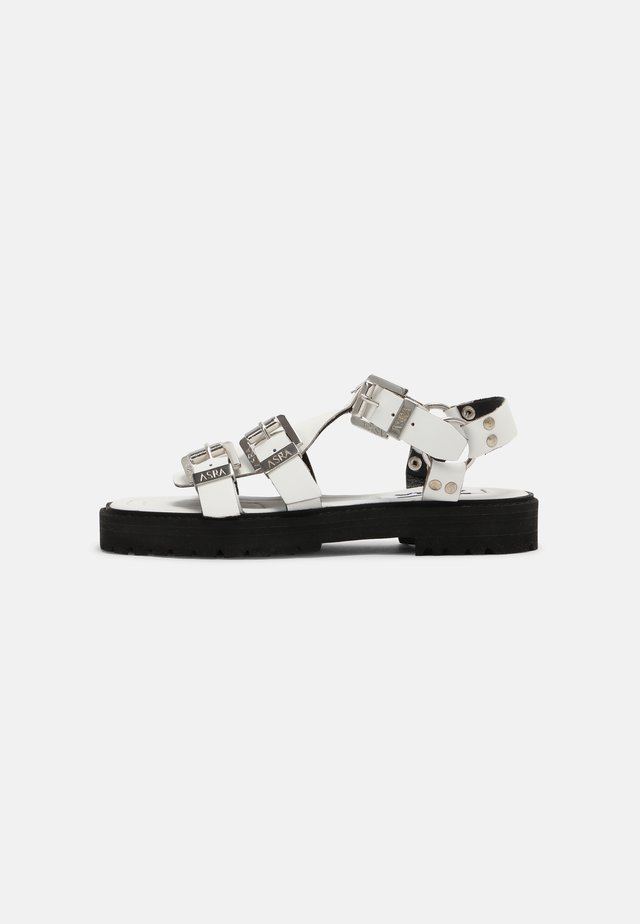 SPECTOR - Sandaalit nilkkaremmillä - white