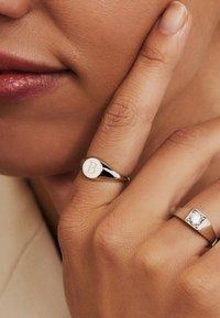 Isabel Bernard - Ring - weißgold - 2