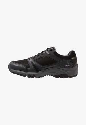 OBSERVE EXTENDED GT MEN - Hiking shoes - true black