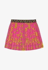 Versace - GONNA - Áčková sukně - fuxia - 2