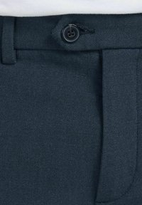 Jack & Jones PREMIUM - JJICONNOR - Shorts - navy blazer - 6