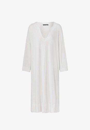 Jumper dress - white