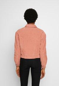 Miss Selfridge - SHACKET - Lehká bunda - pink - 2