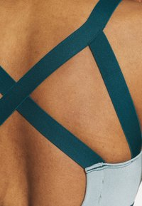 Even&Odd active - Sports bra - teal - 5