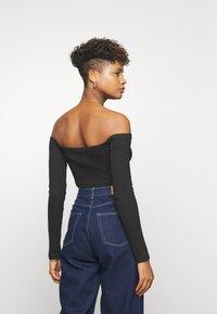Reebok Classic - CROP - Long sleeved top - black - 2