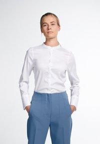 Eterna - LANGARM MODERN CLASSIC - Button-down blouse - weiß - 0