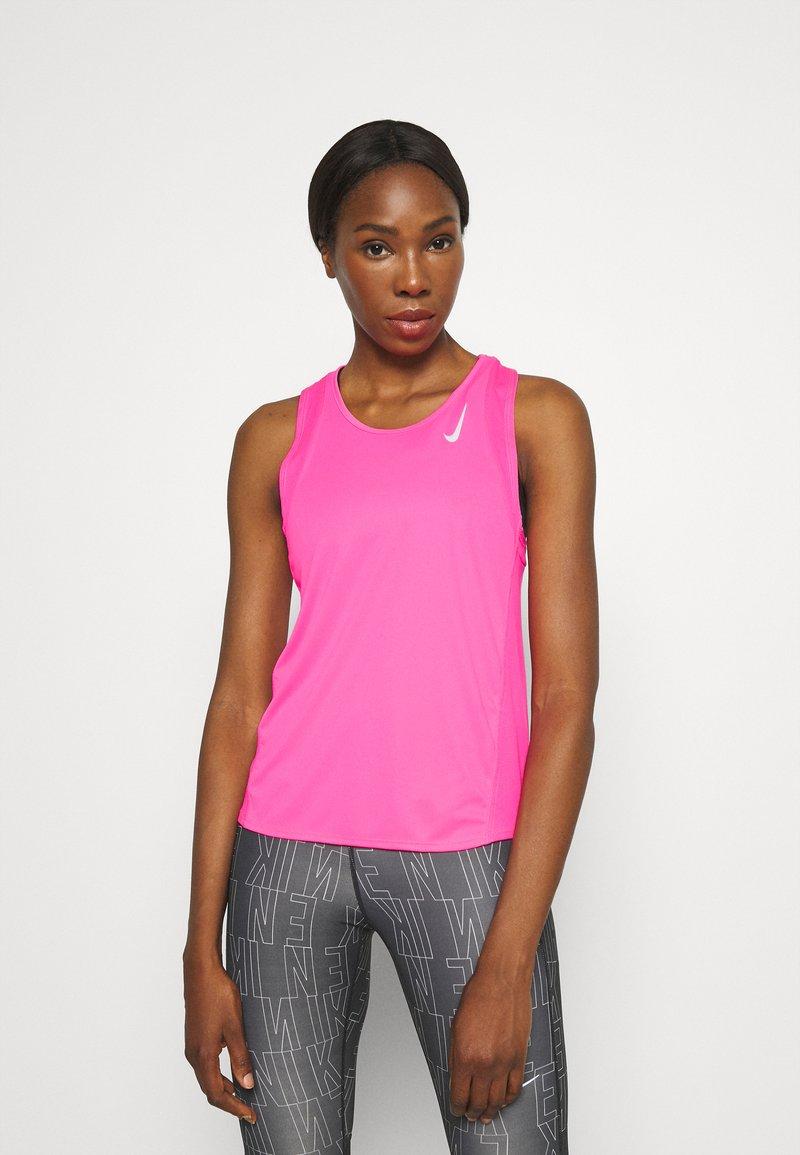 Nike Performance - RACE SINGLET - Topper - hyper pink