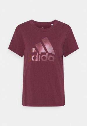 TEE - T-shirts med print - victory crimson