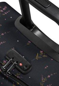 Eastpak - Wheeled suitcase - wild black - 5