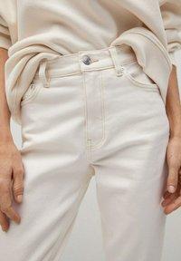 Mango - NEWMOM - Straight leg jeans - gebroken wit - 3