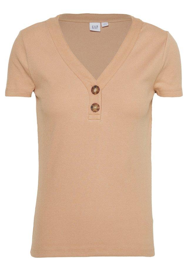 T-shirt imprimé - desert tan