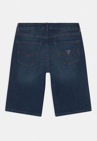 Guess - CORE JUNIOR  - Jeans Short / cowboy shorts - middle blue wash - 1