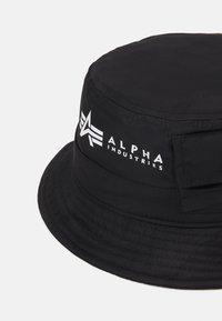Alpha Industries - UTILITY BUCKET HAT UNISEX - Hat - black - 3