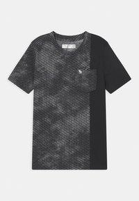 Abercrombie & Fitch - NOVELTY PATTERN - Print T-shirt - black - 0