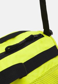 adidas Performance - DUFFEL  - Sportovní taška - acid yellow/black - 4