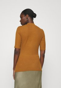 Modström - KROWN - Basic T-shirt - brown oak - 2