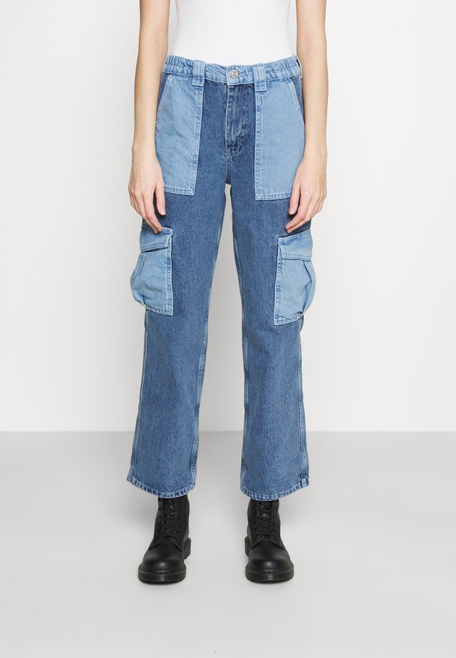 PATCH SKATE - Jeans baggy - bleach