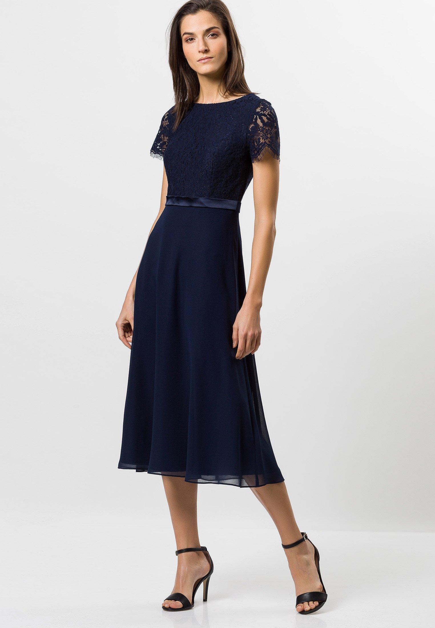 MIT SPITZE - Cocktailkleid/festliches Kleid - moonlight blue
