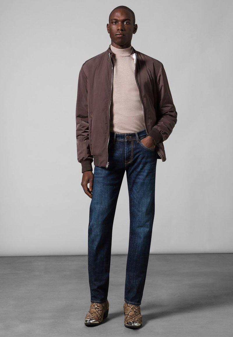 Baldessarini - 5-POCKET JACK - Straight leg jeans - dark blue