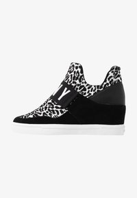 DKNY - COSMOS WEDGE - High-top trainers - white/black - 1