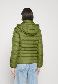 Tommy Jeans - BASIC - Dunjakke - olive tree - 3