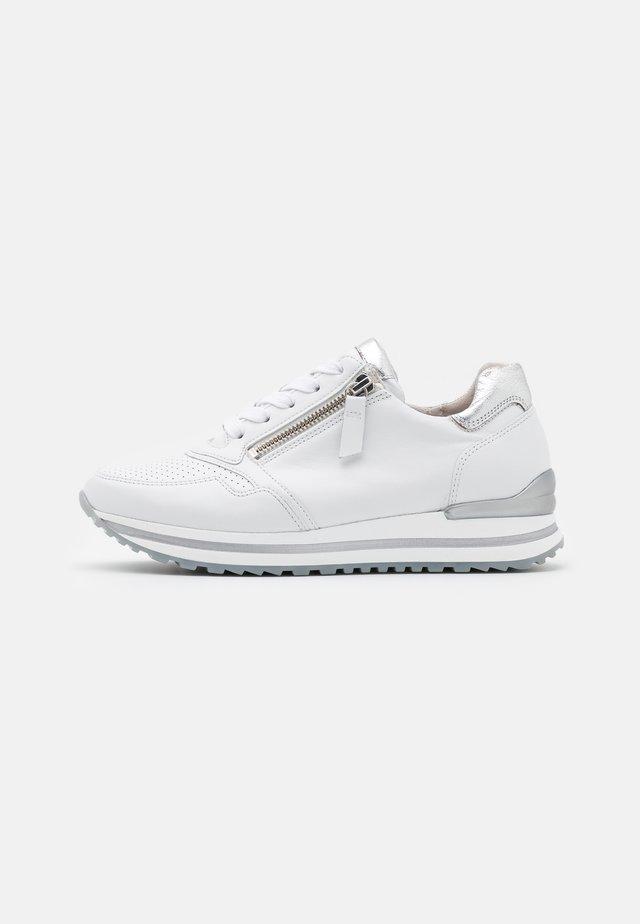 Sneakers basse - weiß/silber