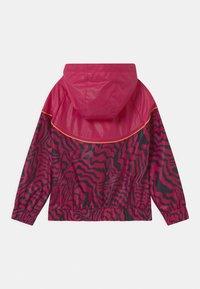 Nike Sportswear - WINDRUNNER  - Training jacket - fireberry - 1