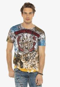 Cipo & Baxx - Print T-shirt - brown - 5