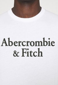 Abercrombie & Fitch - 3 PACK - T-shirt med print - white/navy/red - 5