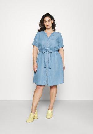 CARLILI LIFE KNEE DRESS - Denim dress - medium blue denim