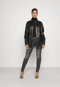 KARL LAGERFELD - SKINNY DENIM - Jeans Skinny - grey - 1