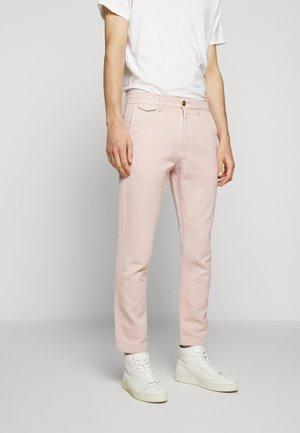 ATELIER CROPPED - Chino kalhoty - soft pink