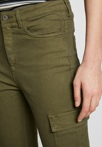edc by Esprit - UTILITY - Bukse - khaki green - 4