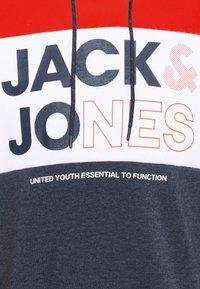 Jack & Jones - JJARID HOOD - Luvtröja - true red - 5