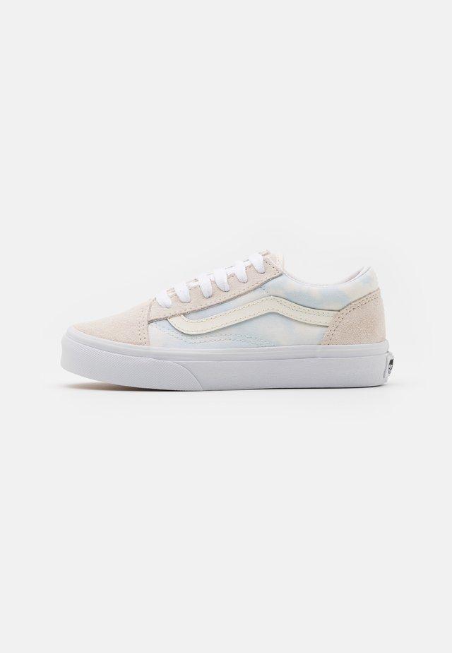 OLD SKOOL - Sneakers laag - ballad blue/marshmallow