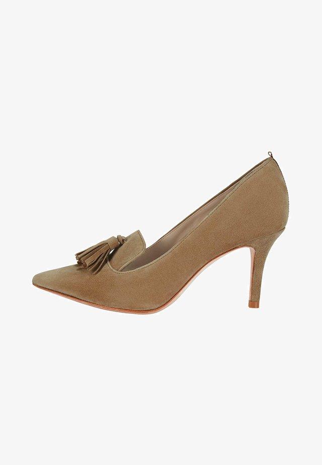 MIT MITTELHOHEM ABSATZ - Classic heels - camel Brown