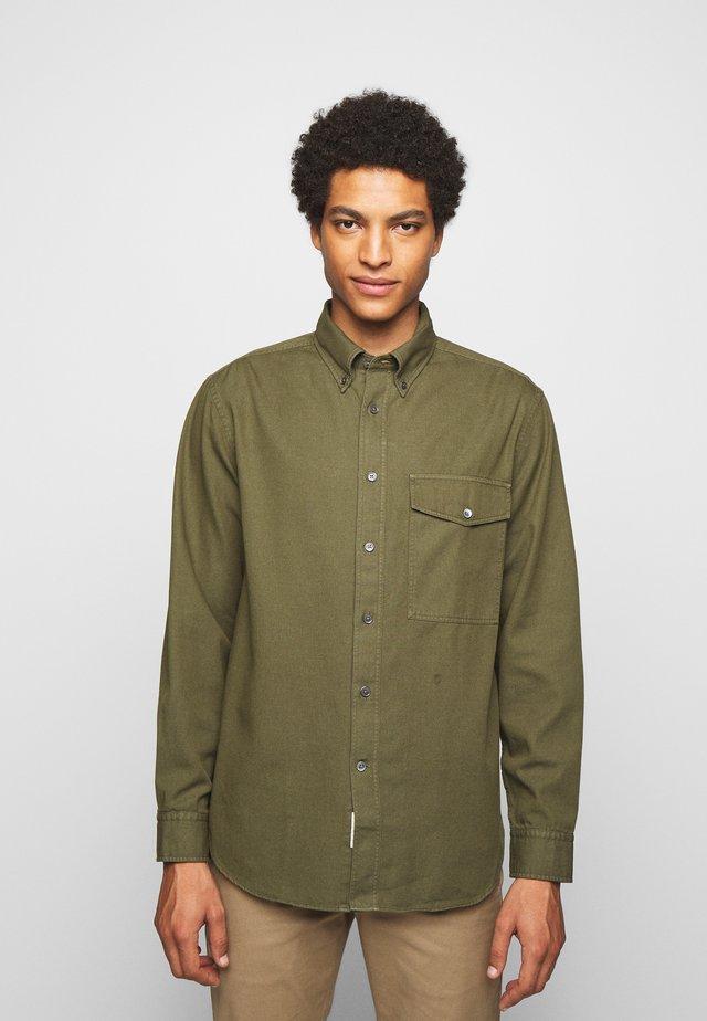 RELAXED - Shirt - chard green