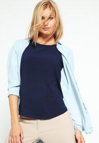 Vero Moda - BOCA  - Blouse - navy blazer - 3