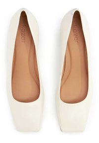 Kazar - JUDE - Classic heels - off-white - 3