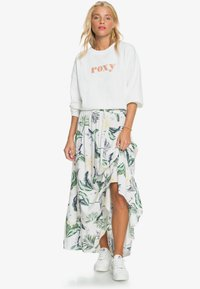Roxy - Maxi skirt - snow white large praslin - 1