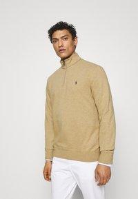 Polo Ralph Lauren - JERSEY QUARTER-ZIP PULLOVER - Sweatshirt - luxury tan heather - 0