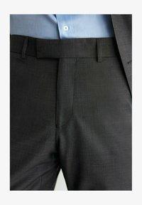 Massimo Dutti - Suit trousers - dark grey - 3
