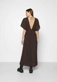 Samsøe Samsøe - QUARTZ LONG DRESS  - Maxi dress - mole - 2