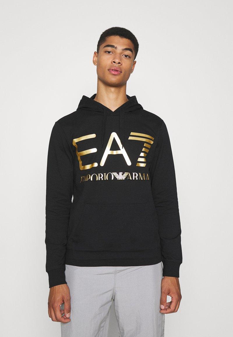 EA7 Emporio Armani - Collegepaita - black/gold